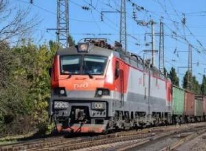 Современные грузовые электровозы из Новочеркасска 2ЭС5 «Скиф» проехали свой первый миллион километров