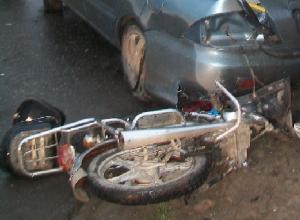 Пожилой мужчина на мопеде пострадал в столкновении с «десяткой» в Новочеркасске