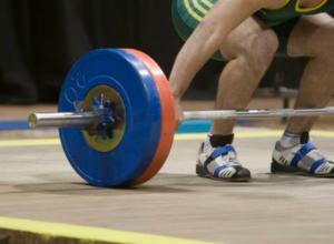 Три золотые и три серебряные медали на областном чемпионате завоевали штангисты из Новочеркасска