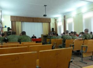 Военные избили сослуживца в Новочеркасске после отказа отдавать деньги
