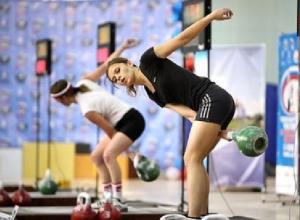 Представительница Новочеркасска на Спартакиаде Дона завоевала золотую медаль в гиревом спорте