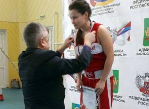 Чемпионкой ЮФО по боксу стала девушка из Новочеркасска