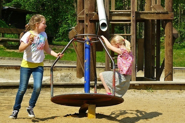 В Новочеркасске установят новые детские площадки