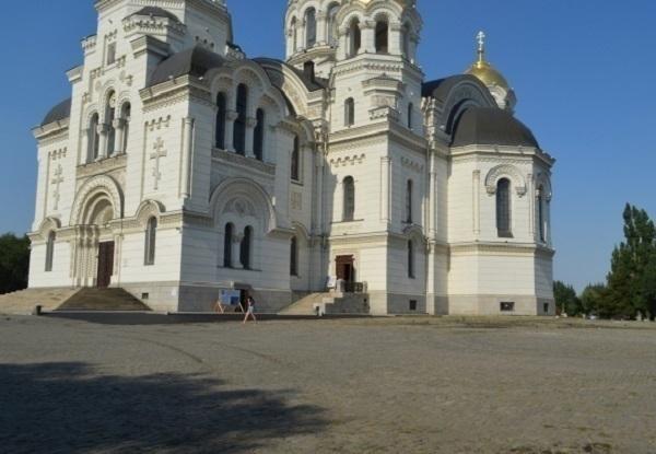 Авторы петиции против асфальтирования Соборной площади в Новочеркасске получили ответ из Кремля