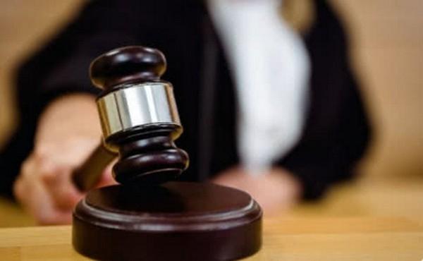 За неоднократное получение взяток главврач новочеркасского роддома заплатит 30-тысячный штраф
