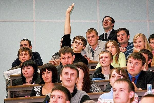 На связи с Путиным: что интересует новочеркасских студентов?