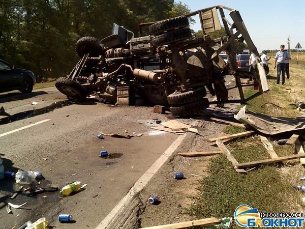 В лобовом столкновении грузовика и маршрутки Ставрополь – Новочеркасск погибли 5 человек