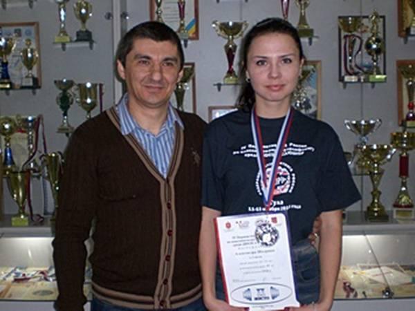 Новочеркасская студентка завоевала серебро на российских соревнованиях по пауэрлифтингу