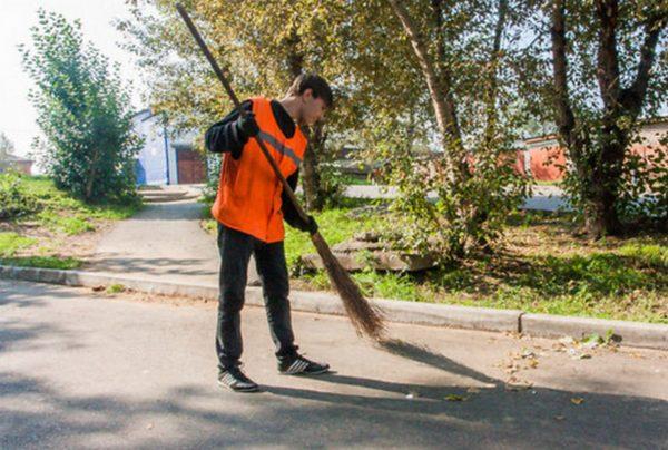 В Новочеркасске коммунальщики попросили больше денег на уборку города