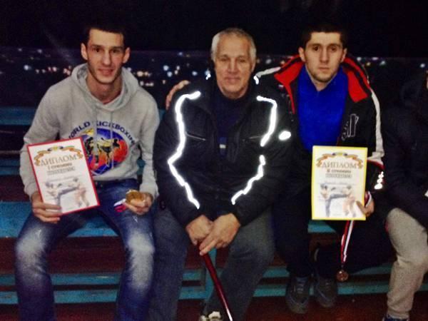Новочеркасские кикбоксеры стали чемпионами области