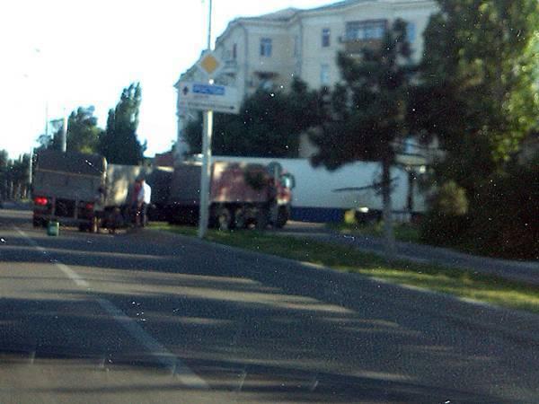 В Новочеркасске три грузовика устроили тройное ДТП