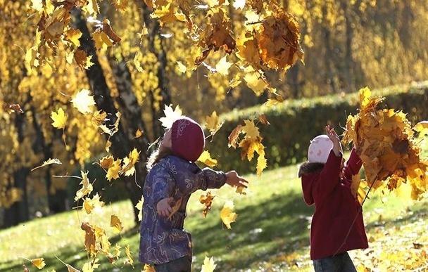 Новочеркасцев еще неделю побалует осень теплом