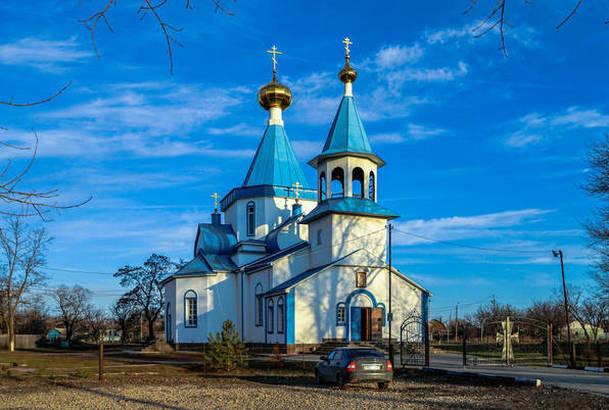 В Новочеркасске православный храм судится с мэрией за право собственности на здание