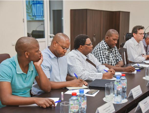 В новочеркасский политех приехала делегация из Африки