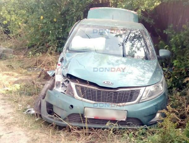 В Новочеркасске, пытаясь избежать столкновения, водитель «Киа» протаранил на обочине «Газель»