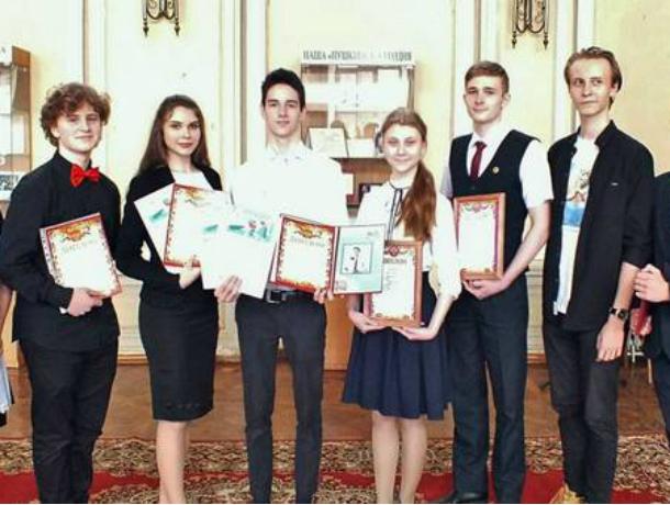 Лучшие чтецы Новочеркасска, будут отстаивать честь города на областном конкурсе «Живая классика»