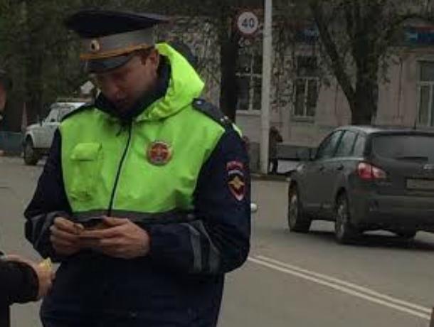 Сотрудник ДПС Новочеркасска поймали 16 пьяных воителей за минувшую неделю