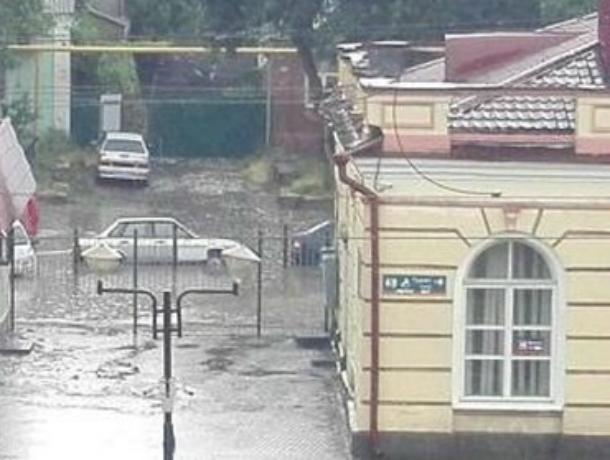 Новочеркасский потоп: ливень едва не превратил город в «маленькую Венецию»