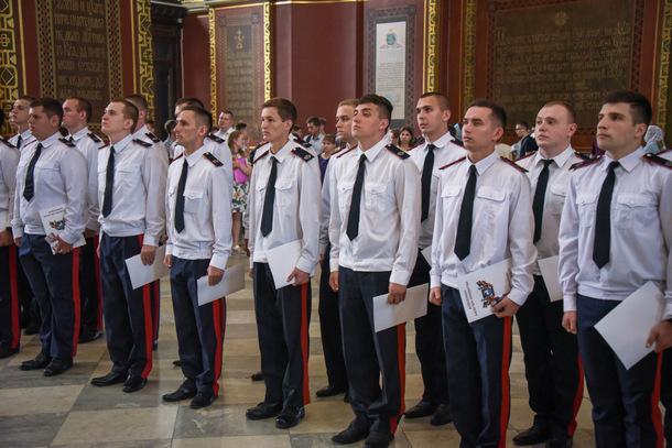В Новочеркасске казакам Платовской сотни присвоили офицерские казачьи чины