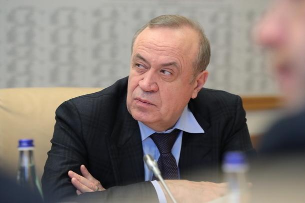Замгубернатора Дона, курирующему строительство жилья для детей-сирот в Новочеркасске, продлили меру пресечения