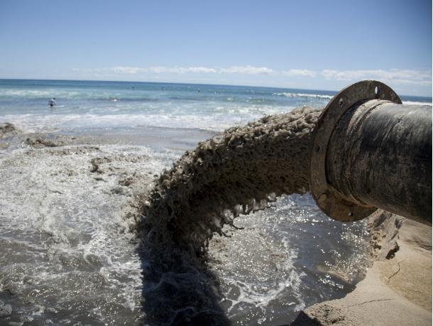 ВНовочеркасске водоканал загрязнял стоками Тузлов иАксай