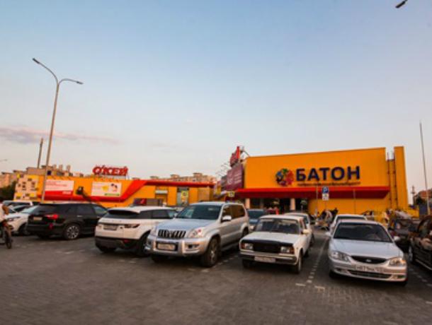 Новочеркасцы рассказали о проблемах, возникших после открытия ТРЦ «Батон»
