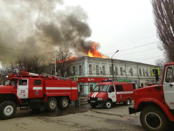 Страшный пожар в главной поликлинике Новочеркасска попал на видео
