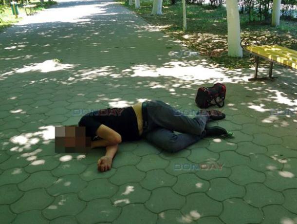 Допился до комы: в Новочеркасске мужчина без чувств упал на улице