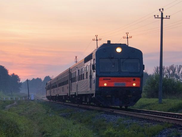 На станции «Локомотивстрой» товарняк насмерть сбил новочеркасца