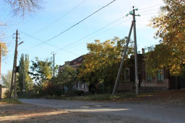 Власти Новочеркасска выделили средства на восстановление дороги на улице Комитетской