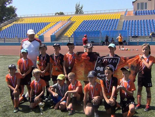 Новочеркасский «Ермак» завоевал серебро областного турнира по футболу