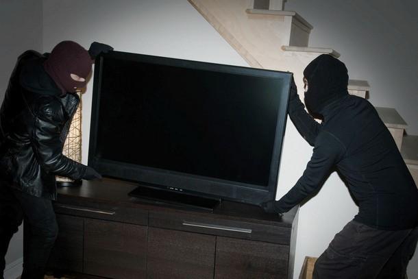 Новочеркасцам грозит срок за украденную бытовую технику