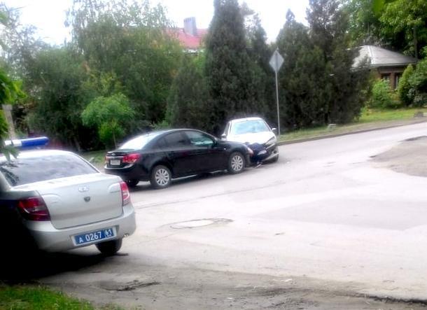 В Новочеркасске в ДТП пострадала несовершеннолетняя пассажирка
