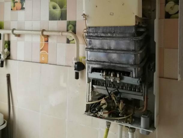 Причиной смерти молодой матери и двоих детей в Новочеркасске называют самовольный ремонт газовой колонки
