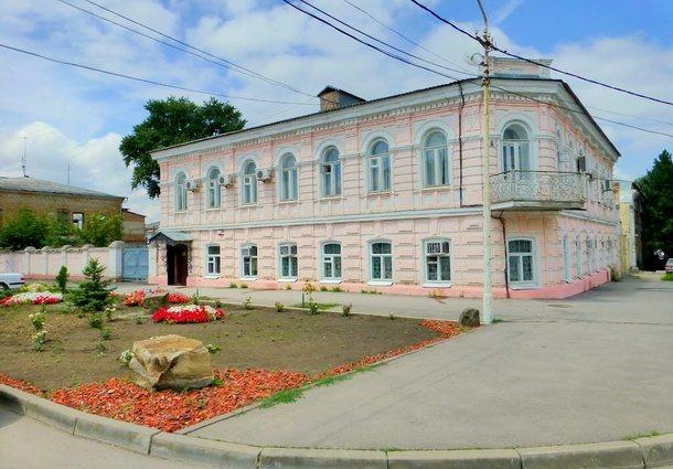 В Новочеркасске отказались оплачивать некачественную работу департамента строительства и городского развития