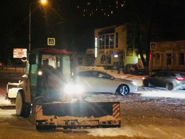 Администрация Новочеркасска порекомендовала минимизировать использование личного транспорта из-за непогоды