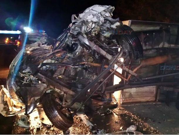 Несущийся на бешеной скорости «Мерседес» превратил в груду металла «Газель» на выезде из Новочеркасска