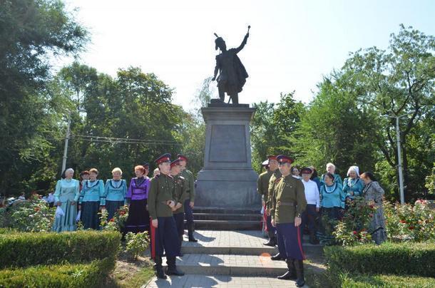 В Новочеркасске отметят день рождения легендарного атамана Платова