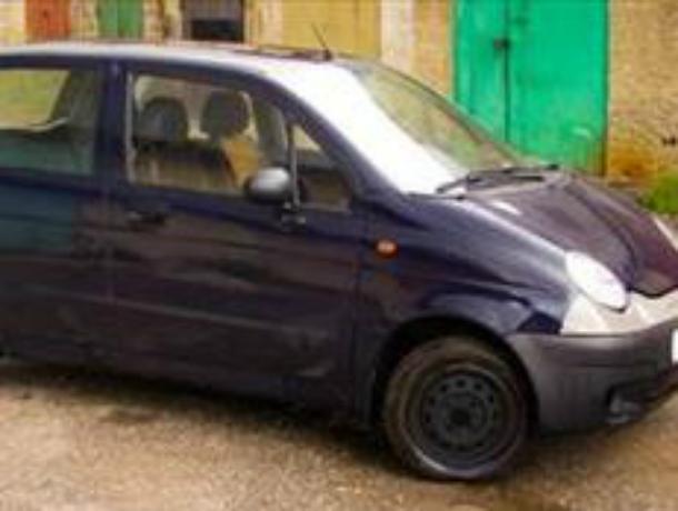 Житель Новочеркасска угнал у собутыльника машину после попойки