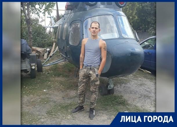 Новочеркасец Юрий Поляков создает гипсовые фигурки, способные изменить судьбу