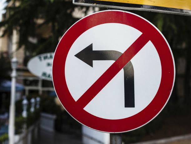 Дорожный знак на пересечении Магнитного и Баклановского взбудоражил жителей Новочеркасска