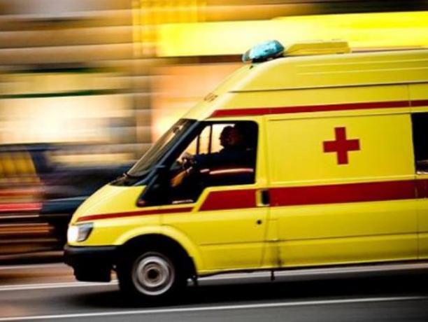 ДТП вНовочеркасске: наПлатовском шоссе перевернулся автомобиль ВАЗ