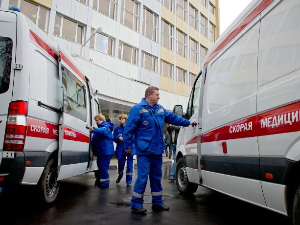 Перевозившая смертельно больного мужчину «скорая» попала в ДТП в Новочеркасске