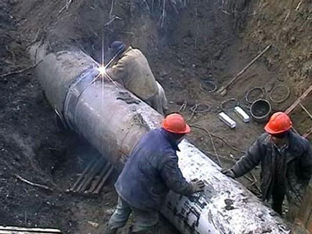 Старый водопровод на новочеркасской улице Кавказской капитально отремонтируют