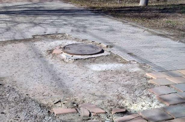 Новочеркасский водоканал заплатит штраф  за порчу тротуара