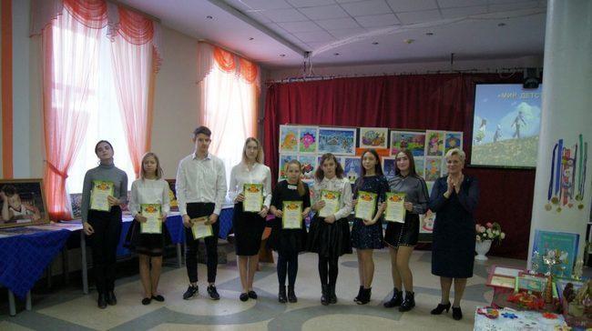 В Новочеркасске прошли персональные выставки юных художников