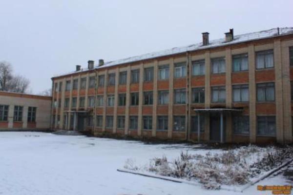 В Новочеркасске закрыли школу имени Александра Позынича