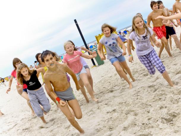 Дети из малоимущих семей Новочеркасска будут бесплатно отдыхать в оздоровительных лагерях