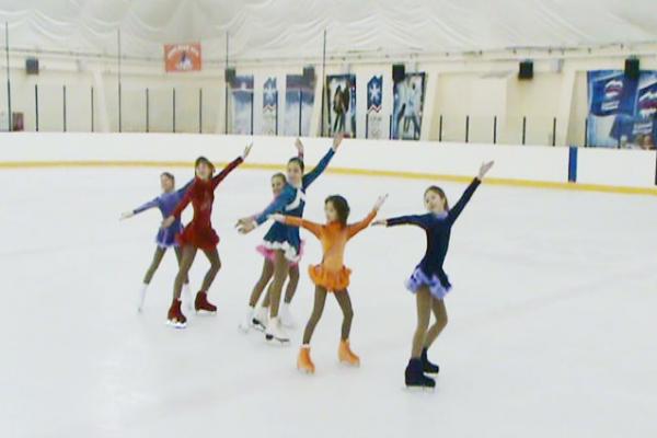 Новочеркасские фигуристы завоевали 9 медалей на первенстве города