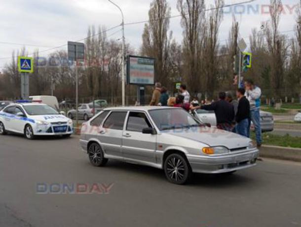 Мчащаяся на большой скорости «четырнадцатая» сбила бегущую через дорогу женщину в Новочеркасске